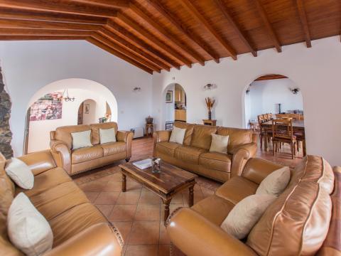 For sale Villa Puerto del Carmen Lanzarote Photo 3