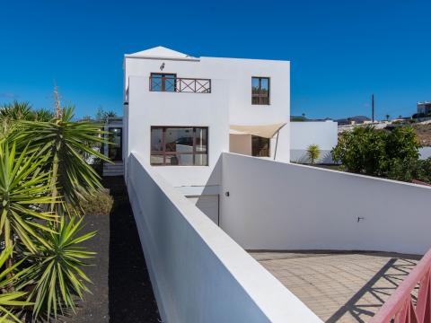 For sale Villa Yaiza Lanzarote Photo 1